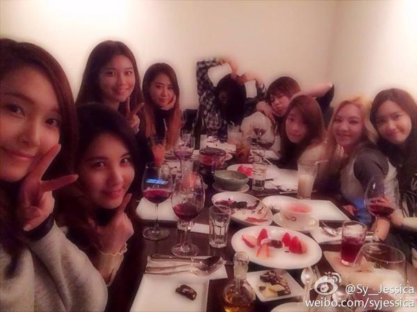 Tửu lượng kém nhất nhóm là Soo Young và Jessica