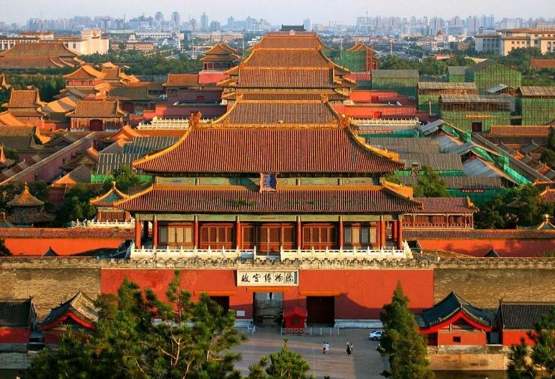 Vận chuyển những khối đá khổng lồ nặng từ 200 - 300 tấn về thành Bắc Kinh.