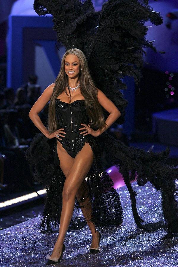 Tyra Banks là siêu mẫu thành công và trưởng thành nhất