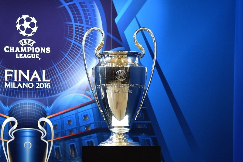 Chiếc cup của UEFA Champions League