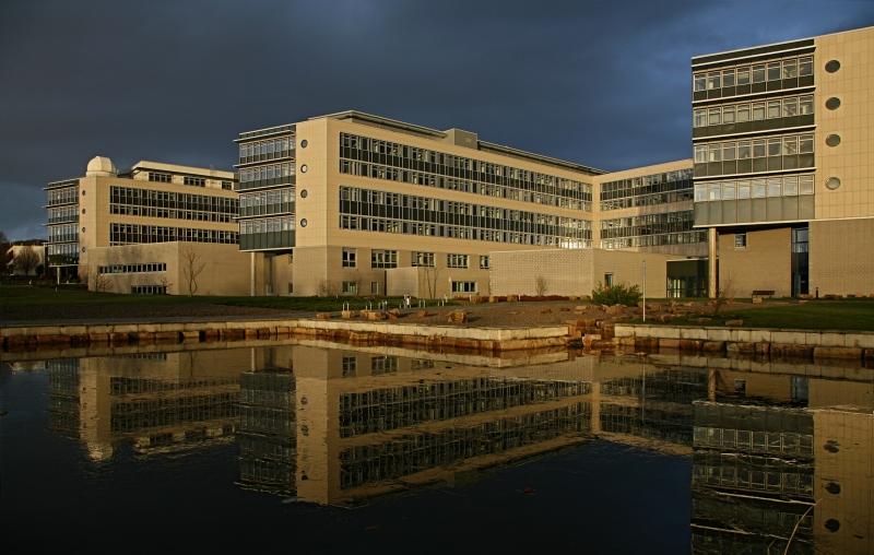 Thế còn Uni Göttingen thì sao? Đây là một ngôi trường hoàn hảo dành cho bạn đó.