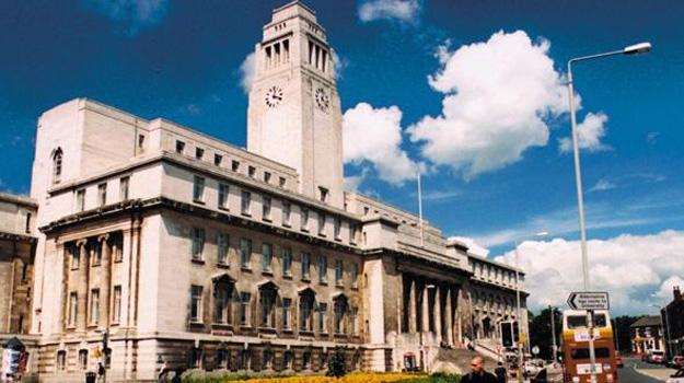 University of Leeds được thành lập năm 1904 tại Yorkshire ở phía bắc nước Anh