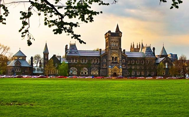 University of Toronto là viện nghiên cứu công lập hàng đầu ở Canada
