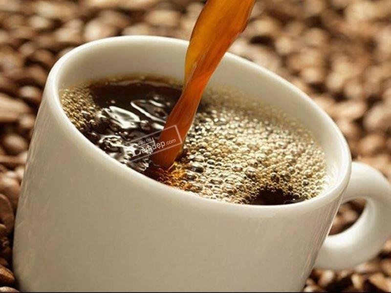Cà phê là thủ phạm khiến răng bạn không còn trắng sáng.