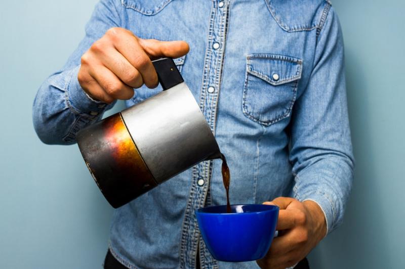 Uống cà phê, trà đặc