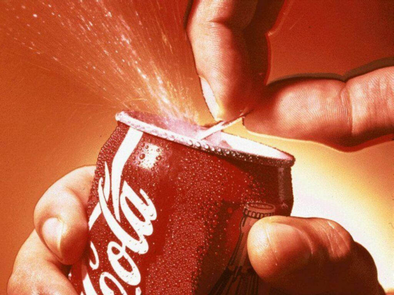 Nước uống có ga - tác nhân trực tiếp gây thừa cân trong dịp Tết