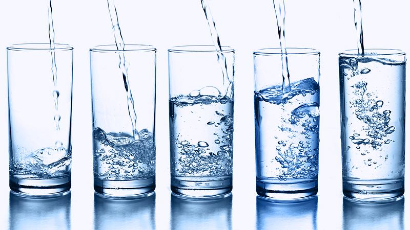 Uống nhiều nước lọc