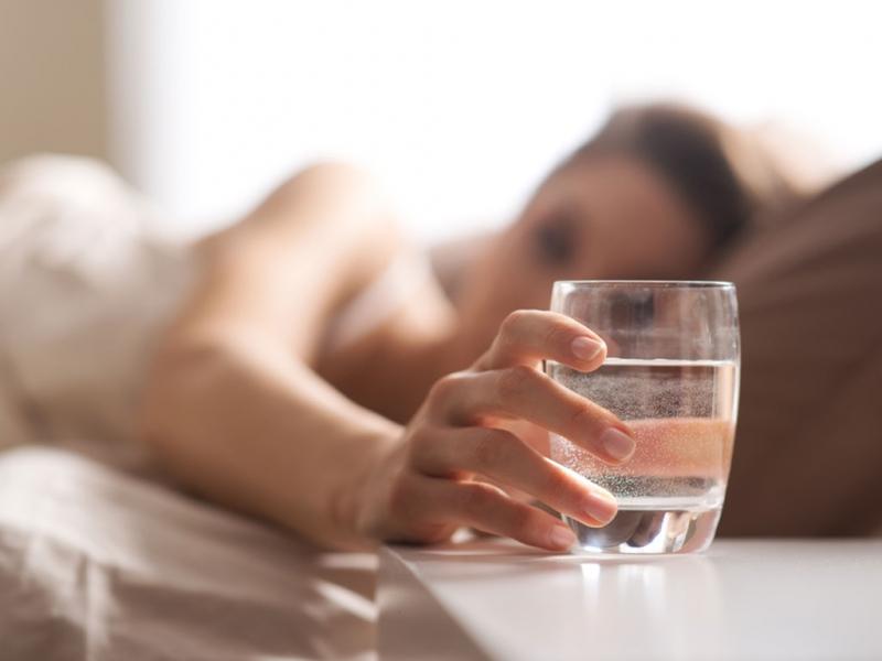 Uống nhiêu nước sau ăn
