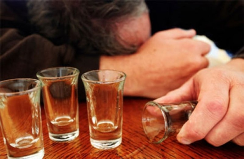 Uống rượu nhiều có thể phá hủy hệ thần kinh
