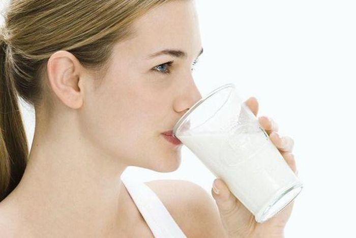 Uống quá nhiều sữa
