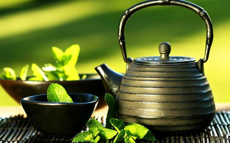 Uống trà xanh giúp giảm mỡ