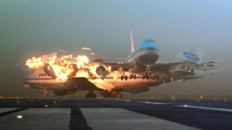 Hình ảnh cắt ra từ một video quay lại vụ va chạm máy bay ở Ternerife