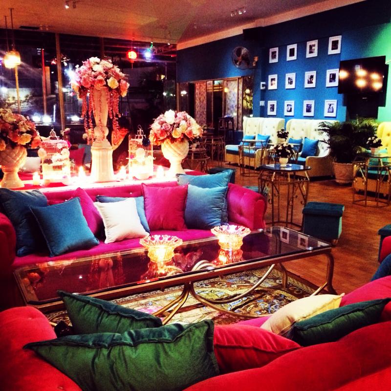 Valentino Coffee & Lounge