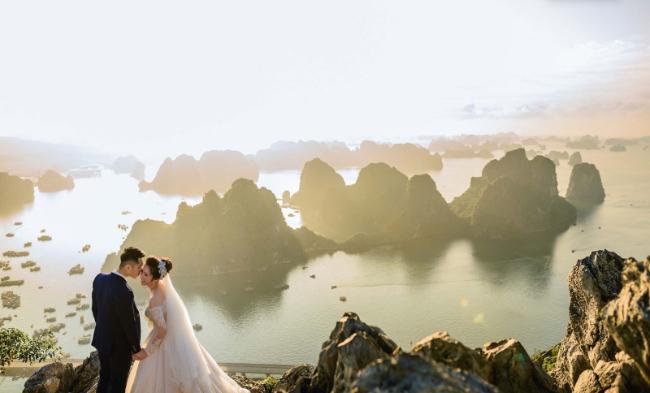 Vân Đồn là một huyện đảo hoang sơ và đầy hấp dẫn