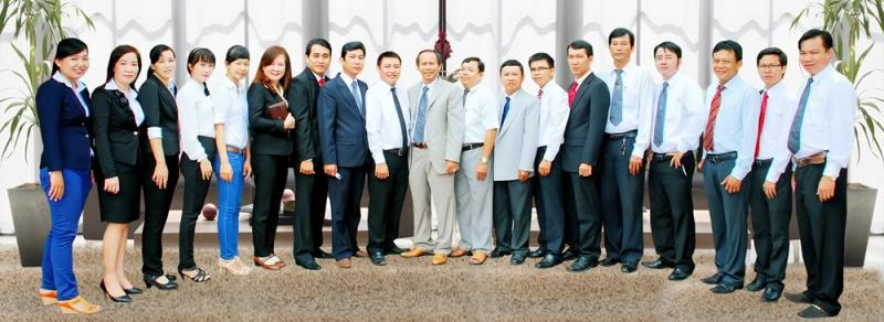 Đội ngũ luật sư Văn phòng Luật sư Vạn Lý