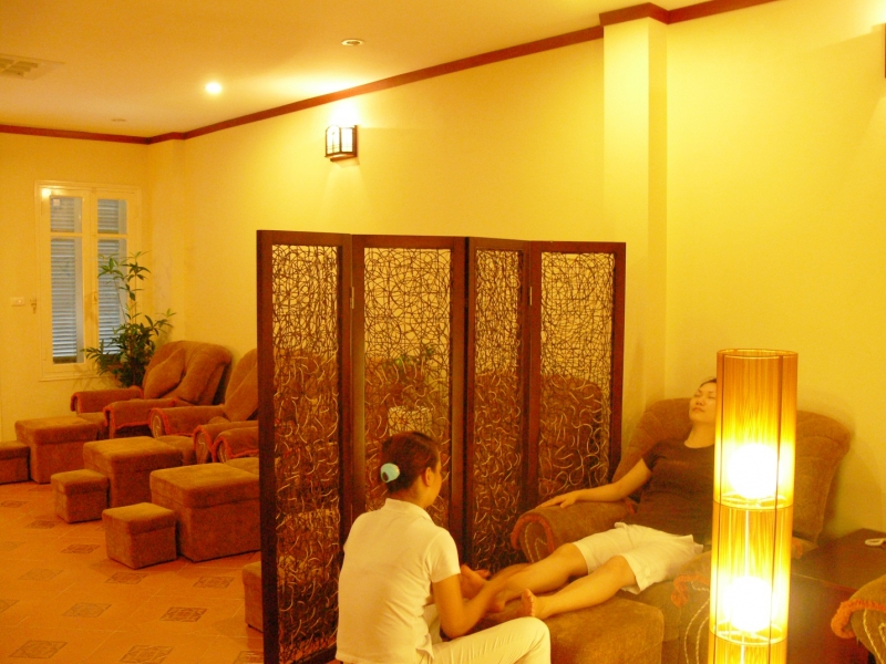 Vạn Xuân Foot Massage là một spa chuyên về massage chân