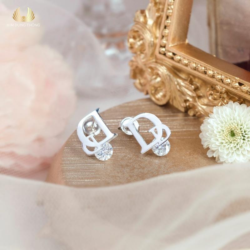 Vàng bạc Kim Dung Thông