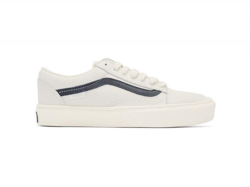 Vans là thương hiệu giày dành cho những bạn trẻ yêu thích phong cách đường phố