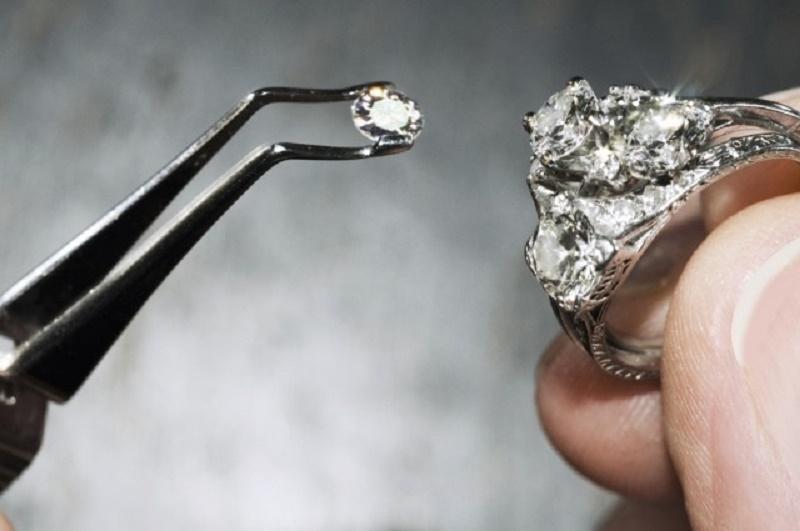 Top 10 vật liệu cứng nhất hành tinh