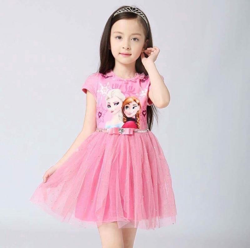 Chiếc váy công chúa  đáng yêu cho mùa hè ý nghĩa