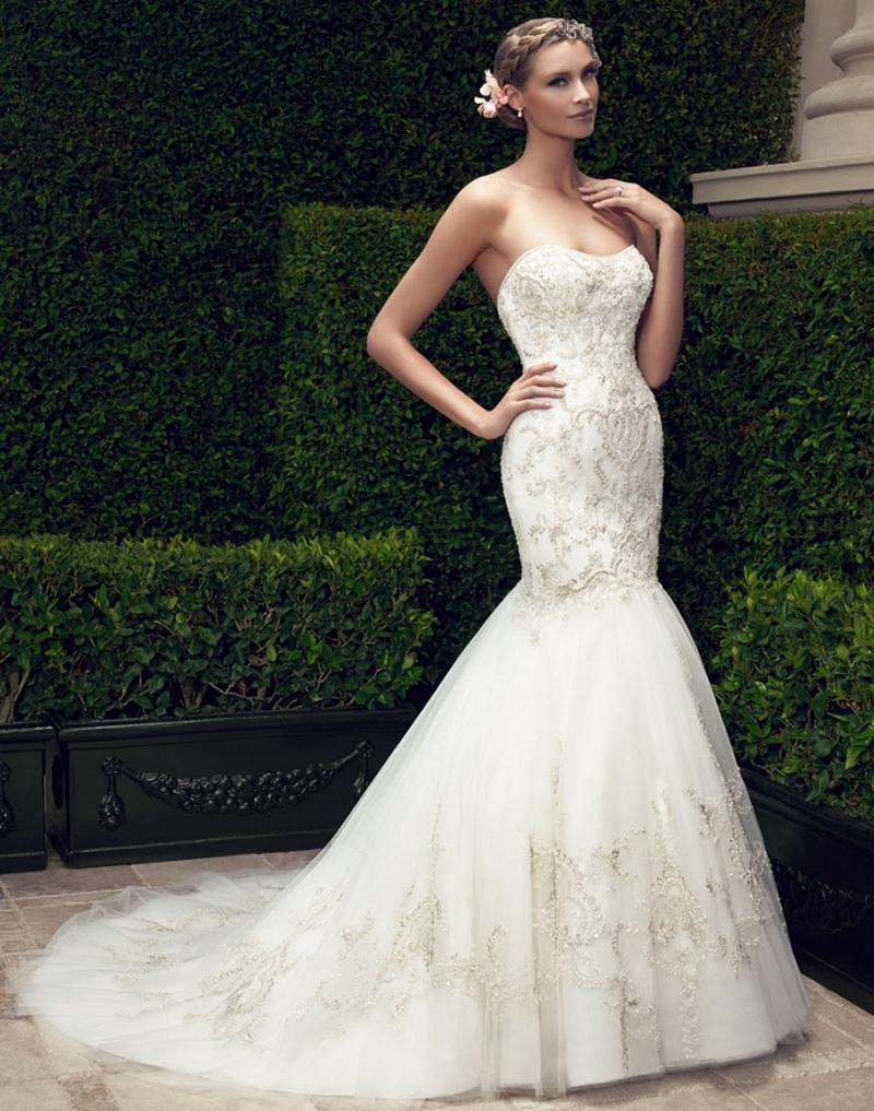 Váy cưới cúp ngực, đuôi cá