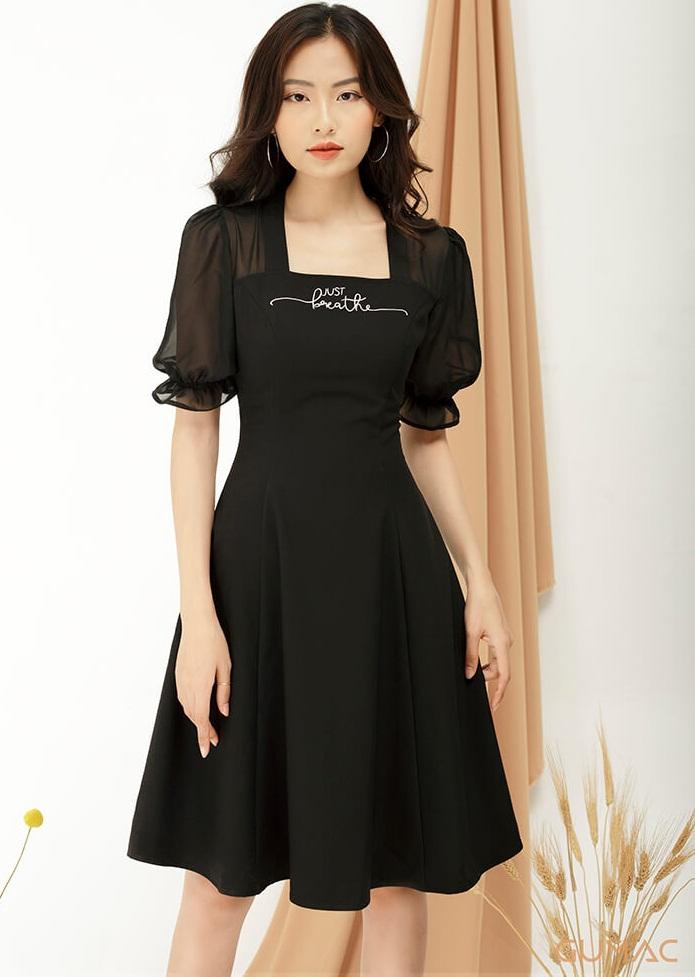 Váy đen