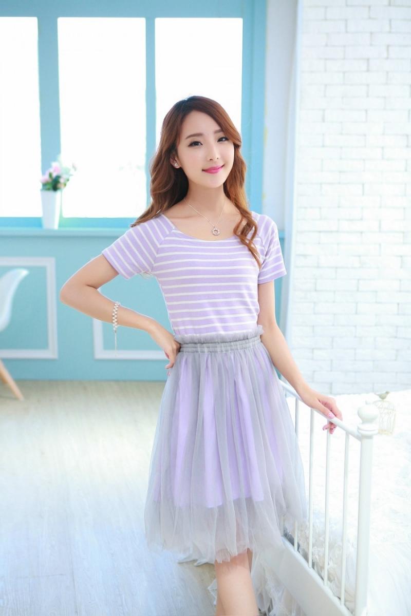 Chân váy tutu và áo phông đơn giản