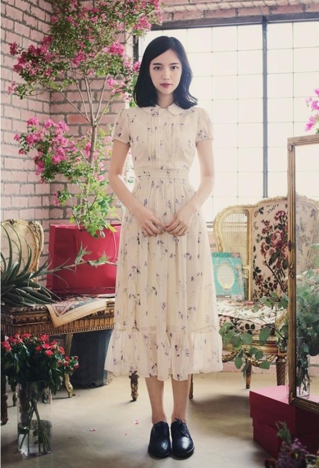 Váy xòe rộng giúp người gầy che khuyết điểm