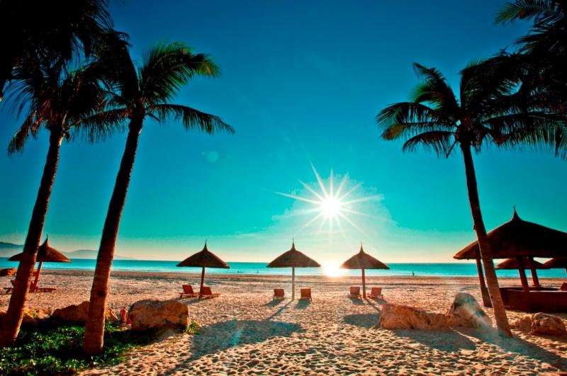 Bãi biển Nha Trang được xếp loại là một trong những bãi biển đẹp nhất thế giới.