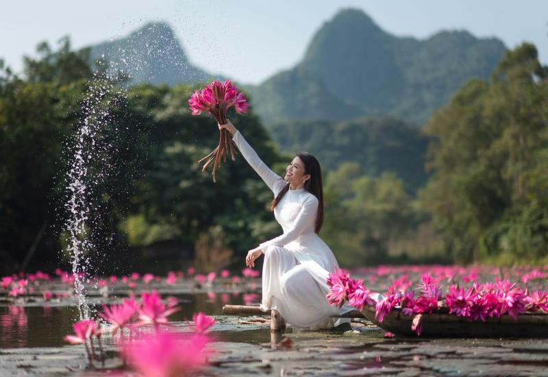 Về Hương Sơn - Nguyễn Lan Hương (Ảnh minh họa - Nguồn Internet)