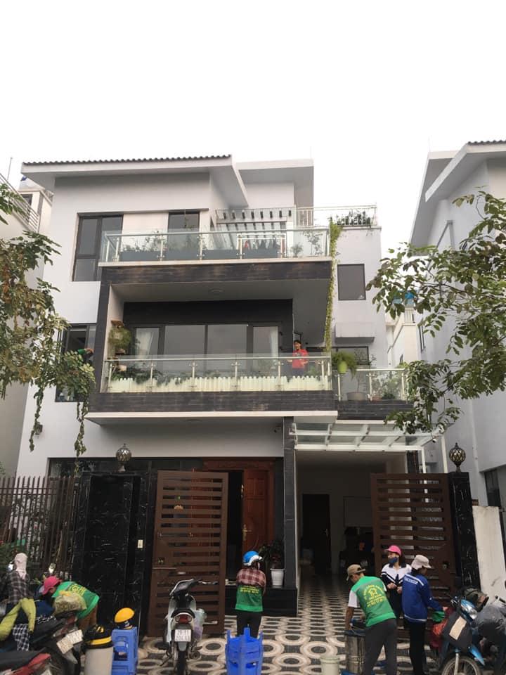 Công ty TNHH Dịch Vụ & Thương Mại First House