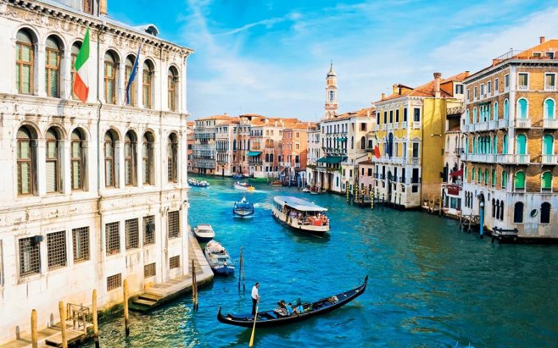 Venice là một trong những địa điểm du lịch trăng mật được ưa thích nhất trên thế giới