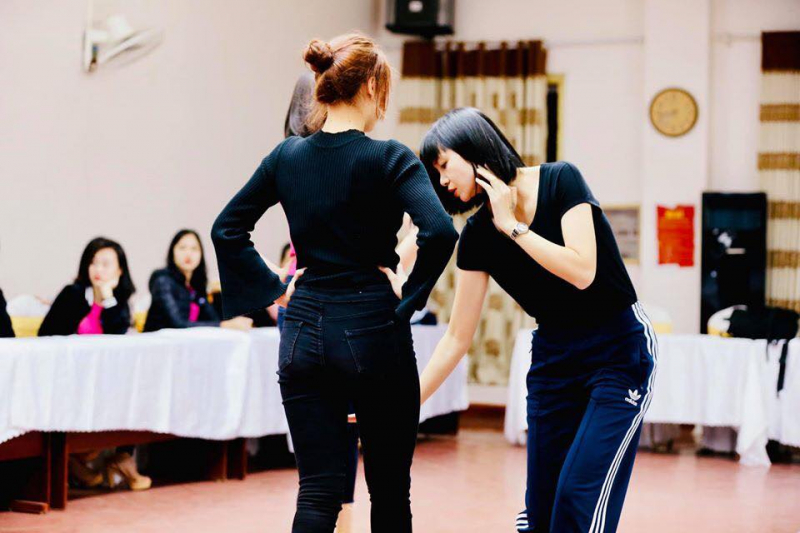 Venus Model Agency/ HạVy Academy