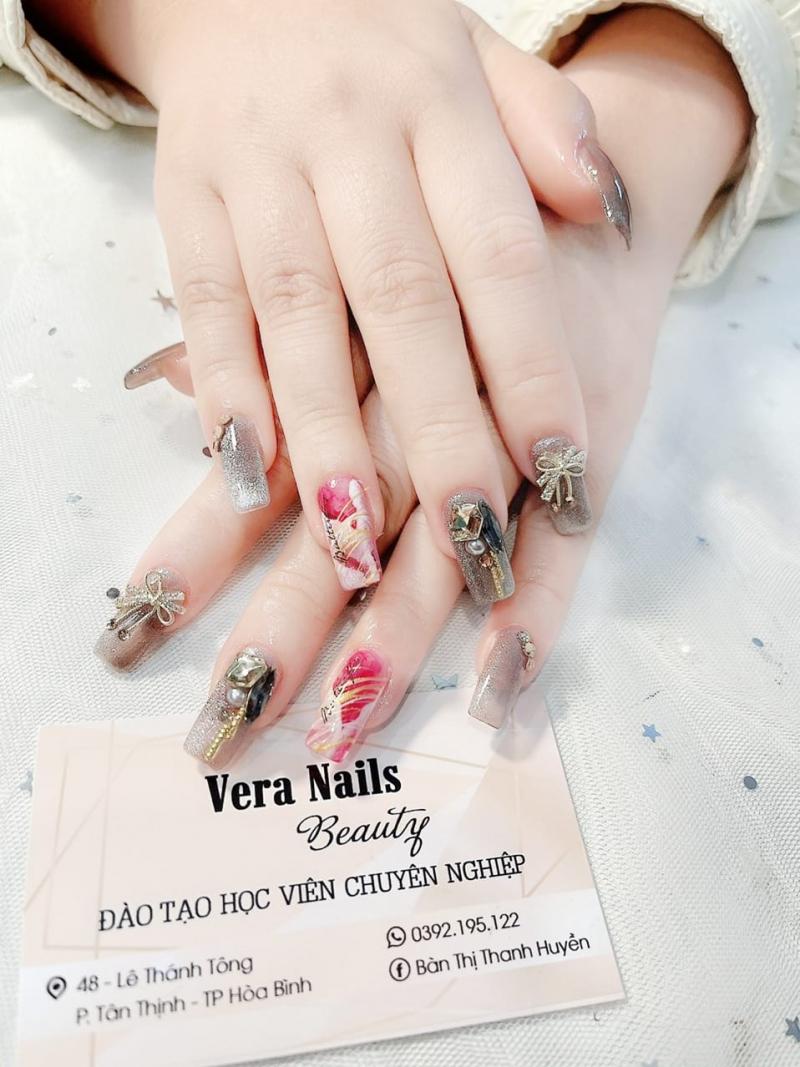 Vera Nails (Bàn Thị Thanh Huyền)