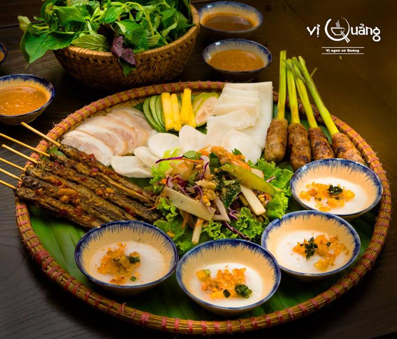 Món ăn miền Trung của nhà hàng Vị Quảng
