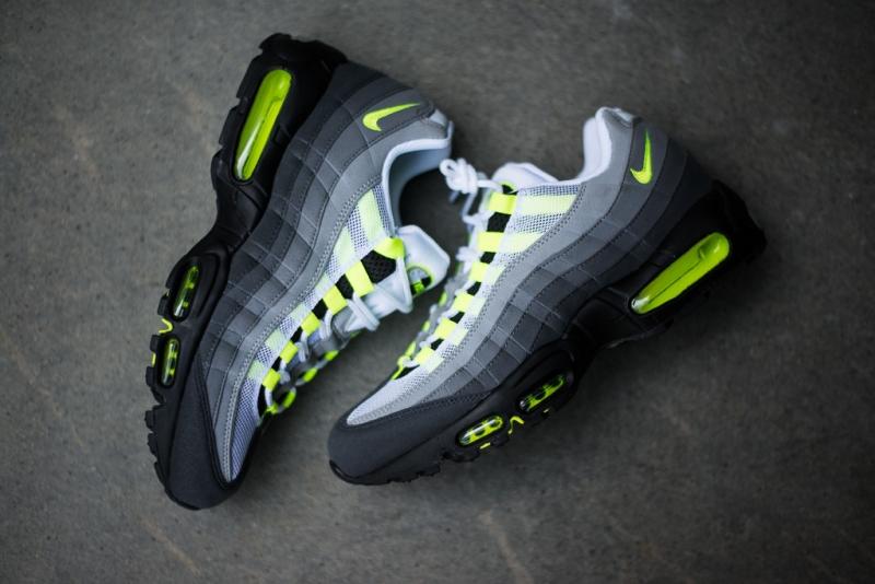 Đôi giày được thiết kế dựa trên các bộ phân trên cơ thể người