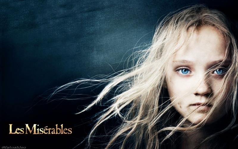Bộ phim Những người khốn khổ năm 2012 giành 3 giải Oscar