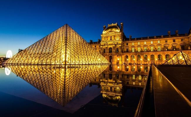 Viện bảo tàng Louvre