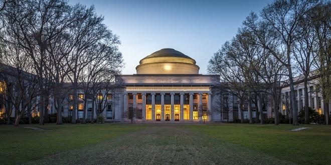 Khung cảnh mùa đông của Viện Công nghệ Massachusetts