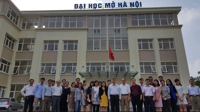 Đại học Mở Hà Nội là một trường đại học hoạt động trong hệ thống các trường Đại học do Bộ giáo dục đào tạo Việt Nam trực thuộc quản lý và được hưởng mọi quy chế của 1 trường Đại học công lập