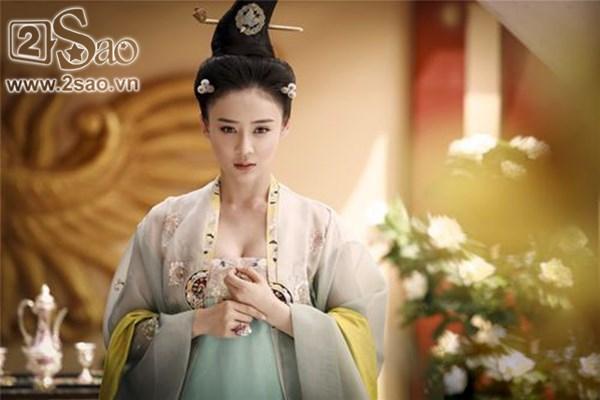 Viên San San trong vai Công chúa Vĩnh Ninh (phim Chế tạo mỹ nhân)...