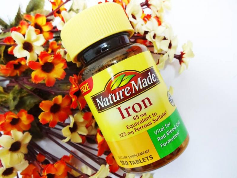 Viên uống bổ sung sắt nature made iron 65mg nhanh chóng cung cấp hàm lượng sắt cần thiết mỗi ngày cho cơ thể phát triển bình thường và khỏe mạnh.