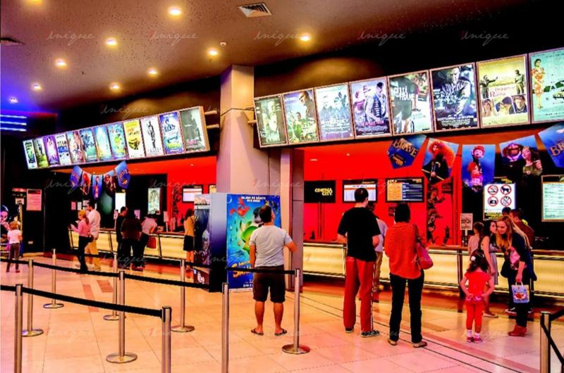 Việt Phú Cinema thu hút lượng lớn khán giả