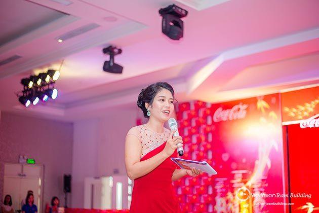 Nhân sự phục vụ sự kiện Viet Vision Team Building đảm bảo dày dặn kinh nghiệm, làm chủ sân khấu, tương tác với khán giả tốt.