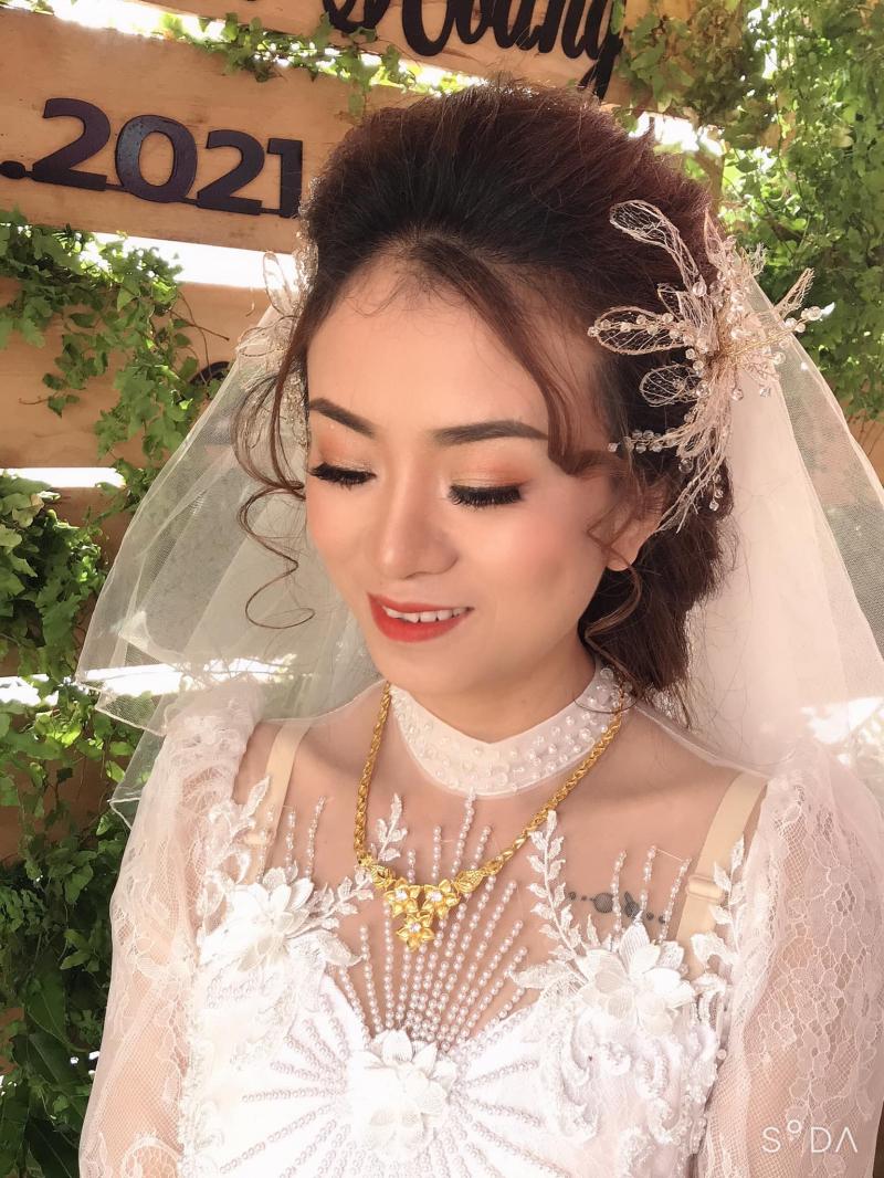 Vina Aocuoi Makeup