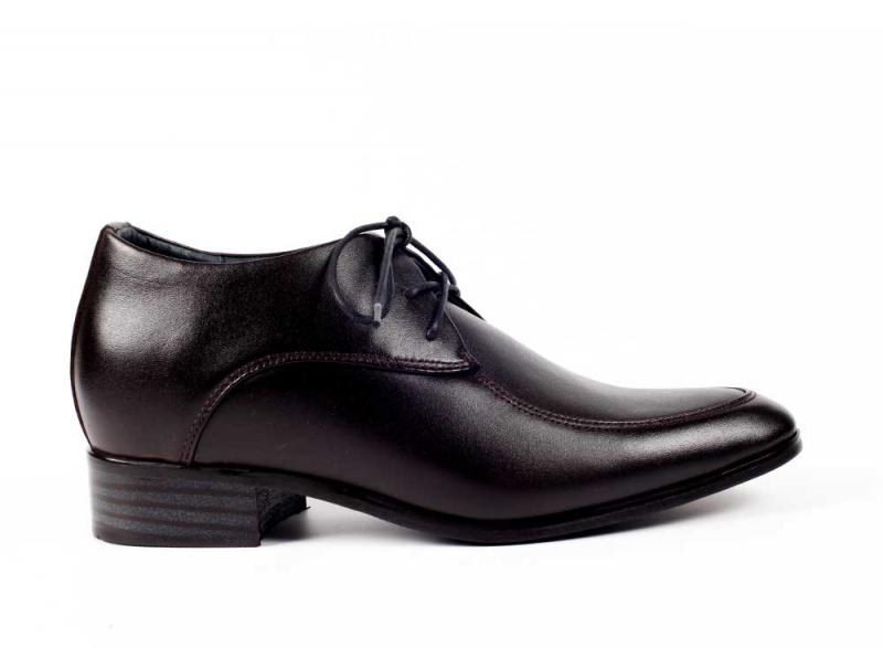Vina giày là một thương hiệu giày dép nổi tiếng