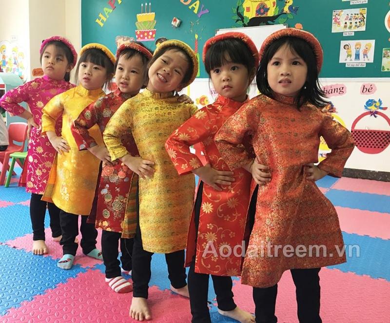 Vinakids - Shop bán áo dài trẻ em đẹp nhất Hà Nội