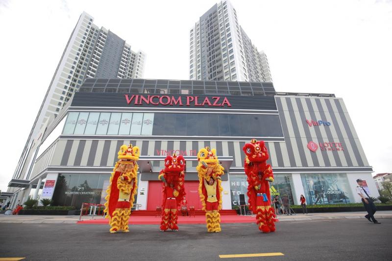 Vincom Plaza là địa điểm vui chơi Giáng sinh hợp lí