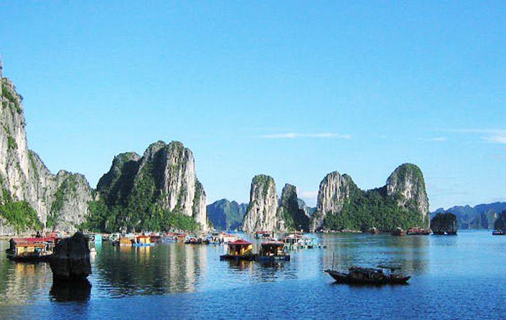 Fishing Village - Bai Tu Long Bay