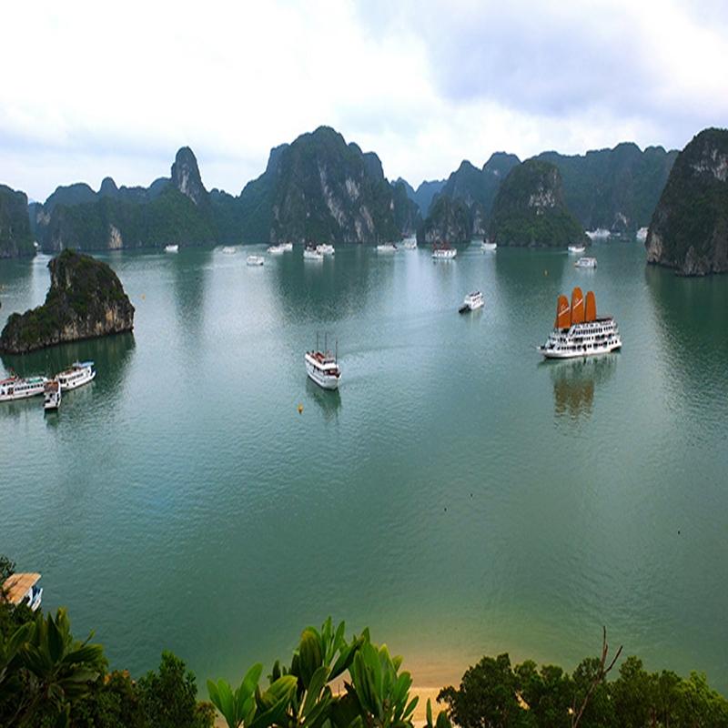 Top 10 Vịnh biển nổi tiếng nhất Việt Nam